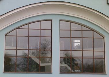 Арочные алюминиевые окна